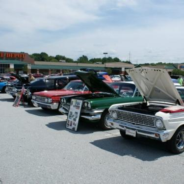 Classic Car Cruise-in Benefiting Cancer Support Community Delaware Photo