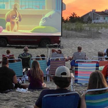 Movies on the Beach: Tom & Jerry Photo