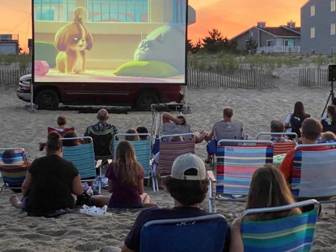 Movies on the Beach: Onward Photo